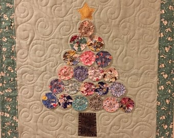 Vintage Christmas Tree Wall Quilt
