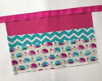 Classroom Apron- hedgehog (pink & teal)
