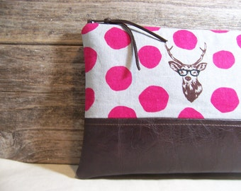 Clutch made with a linen fabric in pink and gray with a buck  and a faux leather , Great large size , everyday bag, vegan bag