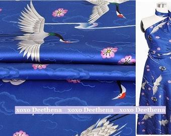 Stretchy Silk Satin Fabric , flying crane digital printed fashion design silk supplies