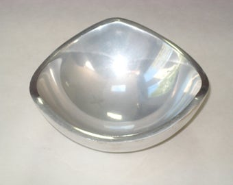 Vintage Nambe #526 Aluminum Tri-Corner Bowl Mid Century Modern 1967