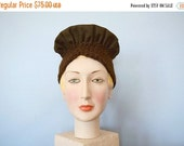 SALE 1930s hat . brown wool felt hat . vintage 30s hat