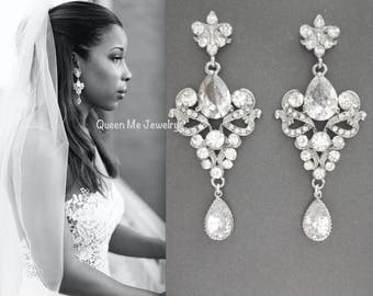 Crystal earrings ~ Chandelier earrings ~ Brides earrings - Vintage style ~ Crystals and Cubic Zirconias ~ Fleur de lis ~ French ~ Royals