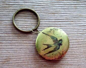 Victorian Swallow Key Chain, Soaring Bird Art Image Locket, Bird Locket, Round Brass Locket, Antiqued Brass Plated Key Ring, Bird Keychain