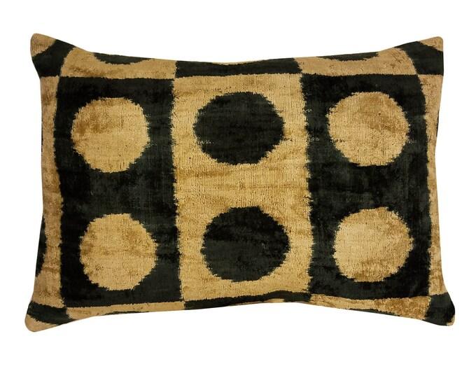 Silk Velvet Ikat Pillow Cover Lp320, Bohemian pillow, Velvet Ikat Pillow, Velvet Pillow