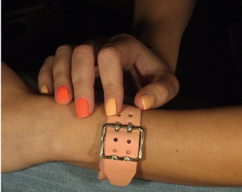 Leather buckle bracelet with double prong