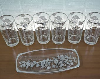 Mid Century Clear Drinking Glass 7 Piece Set with Silver Flowers; 6 Tumblers and 1 Appetizer Relish Serving Tray