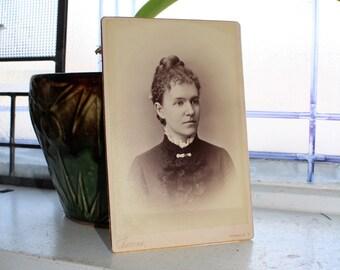 Antique Photograph Victorian Woman 1800s Cabinet Card