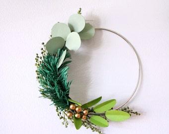 Paper Wreath, Green Wreath, Modern Wreath, Wire Wreath, Christmas Wreath