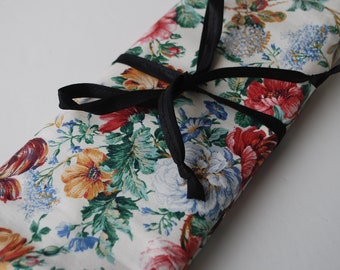 Bag for needles Knitting Needle Case Organizer-30 pockets for all size needles Floral pattern