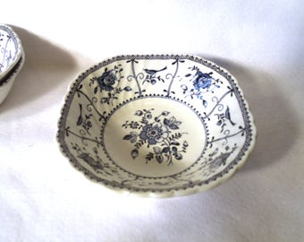 "Johnson Bros ""Indies"" Ironstone, 3 Square Cereal Bowls"