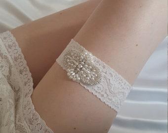 Ivory garter, wedding garter, Embellished pearl & rhinestone bridal garter