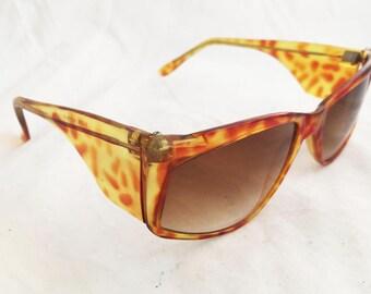 Sunglasses- 80's square brown tortoise shell glasses made in Korea