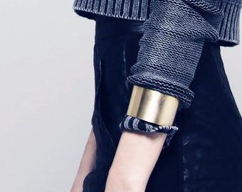Simple gold open wide cuff