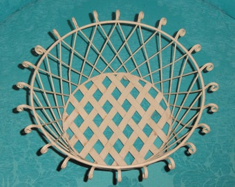 Open Curled Edge Weave Bottom Metal Beige/ Off-White Wire Storage Home Decor Footed BASKET