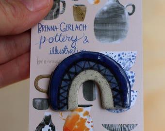 Bluebow porcelain brooch