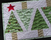 Christmas Winter Tree Quilted Table Runner Green