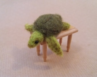 Sea turtle - OOAK, needle felted turtle, collectible turtle, miniature turtle, felted animal, felt turtle, art toy, felted sea turtle