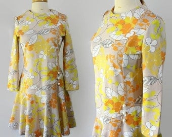 40%OFFSALE 60s 70s Kay Windsor Mod Scooter Dress Dropped Waist Flower Power Yellow