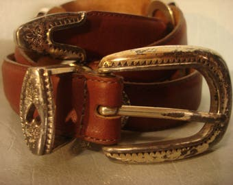Vintage 1990s Boho Cowgirl Gypsy Tan Brown Distressed Leather Belt