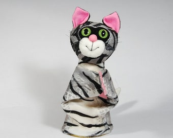Animal hand puppet for children - Cat. Role playing hand puppet for children.