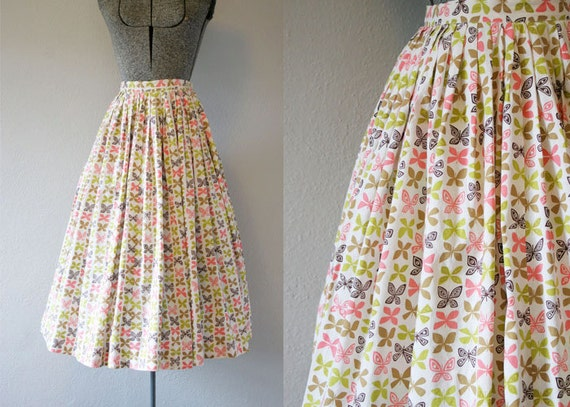 1950's Butterfly Novelty Print Circle Skirt / Size Small