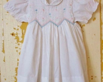 ON SALE Vintage Carriage Boutiques White Smocked Little Girls Dress, Size 2 yrs,  Peter Pan Collar, Short Sleeve, Cotton, Polyester, Embroid