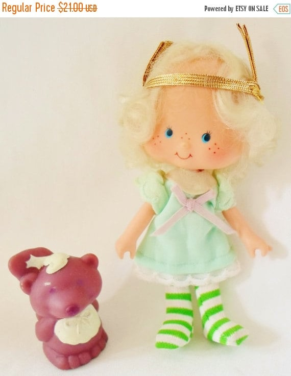 Vintage Strawberry Shortcake Doll Angel Cake & Souffle Pet