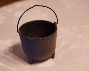 Cast Iron Cauldron-Small