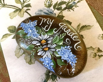 Painted Rock, Garden Stone, Hand Painted Rock, Daisy Rock, Painted Rock Art