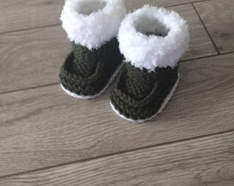 Hand  knitted baby boy  booties,Baby shower gift,Baby Photo prop