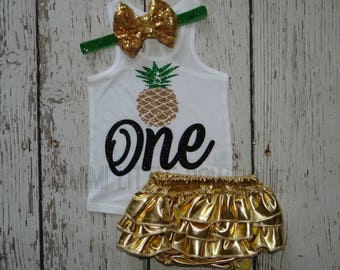 Luau First  birthday outfit - 1st Birthday Outfit- Pineapple shirt- Summer shirt- Pineapple birthday outfit