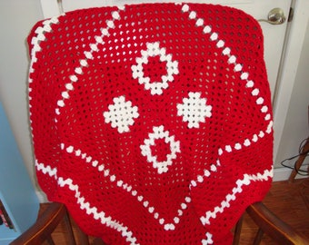 Granny square afghan red and white
