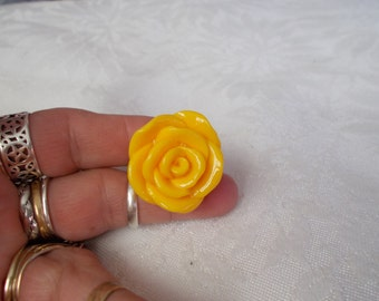 KOOL Big Blingy yellow Rose Ring-Adjustable-R571