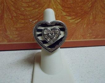 Beautiful Enamel Heart Ring-R648-Stretchy