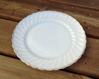 Anchor Hocking Suburbia milk glass dinner plate