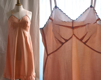 Slip dress light peach, cotton, embroideries, Vintage 1930's