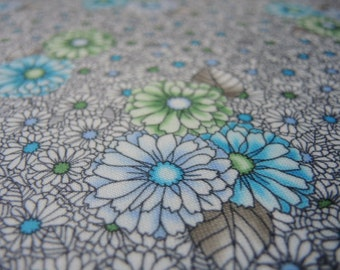 vintage 1970s stretchy knit polyester fabric floral flowers blue green gray 62 inches wide