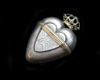 MoonsCuriousItems-Wonderful Antique Scandinavian Crowned Silver Heart Box Locket Love Token From 1786-Hovedvandsaeg