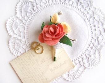 Romantic Wedding Boutonniere, Men's Boutonniere, Felt Flower, Groomsmen, Lapel Flower, White Lace Coral Peach, Rustic Chic Ceremony