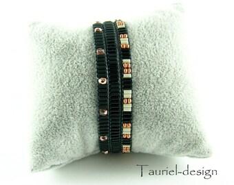 Everyday Bracelet, Tiny Bracelet, Seed Bead Bracelet, Everyday Bracelet, Bracelet Set, Wrap Bracelets, Black Bacelet, Black and Copper