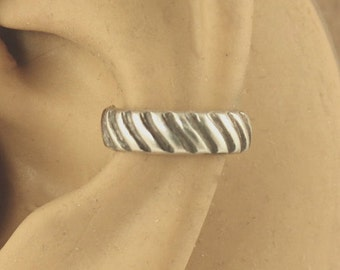 Sterling Silver Ear Band - Cartilage Cuff - Ear Cuff - Non Pierced - Cartilage Earring - Grooved Stripe Design