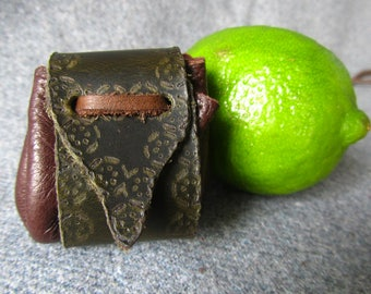 Woodlander. Small Medicine bag, Small Pouch. Leather Amulet bag.