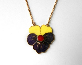 ON SALE Rare Vintage Gold tone enameled Pansy Necklace SPRING Beauty Sarah Coventry 1978 Nos 8605