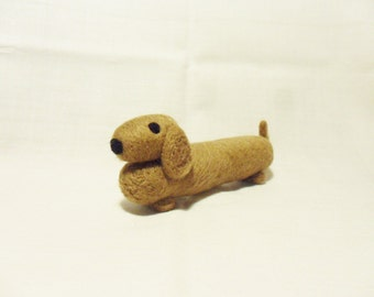 Needle Felted Sausage Dog -  miniature daschund figure - 100% merino wool  - wool felt dog - felt sausage dog
