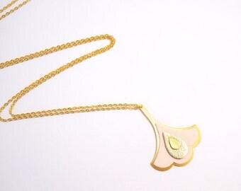 Collier REINE, bijou cuir et or fin, rose pastel