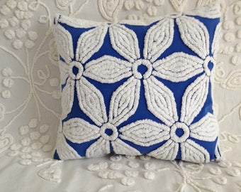 Pillow Cover Vintage Chenille Hofmann Royal Blue Daisy...16 x 16""