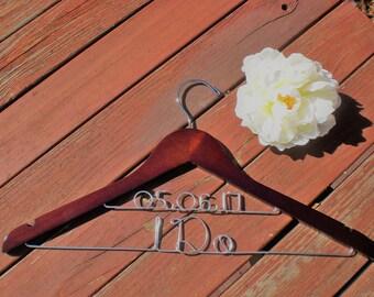 Personalized Hangers/ Mother of the Bride/Personalized Wedding Hanger/Personalized Custom Bridal Hangers/Weeding Dress  Hangers/Bride