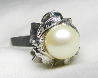 Art Deco Ring Platinum Pearl Ring Pearl Engagement Ring  8 mm Pearl Ring June Birthday Gift for Women Vintage Platinum Ring