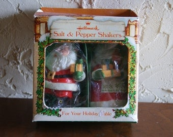 Vintage Santa And Mrs Claus Hallmark Salt And Pepper Shakers In Original Box 1980 XTW105 5